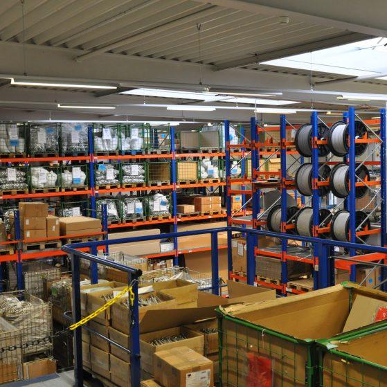 Werkhalle der LINDNER Armaturen GmbH