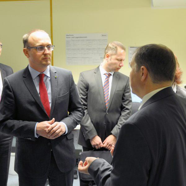 Jörg Vieweg im Gespräch mit dem Geschäftsführer der LINDNER Armaturen GmbH Falk Höhne